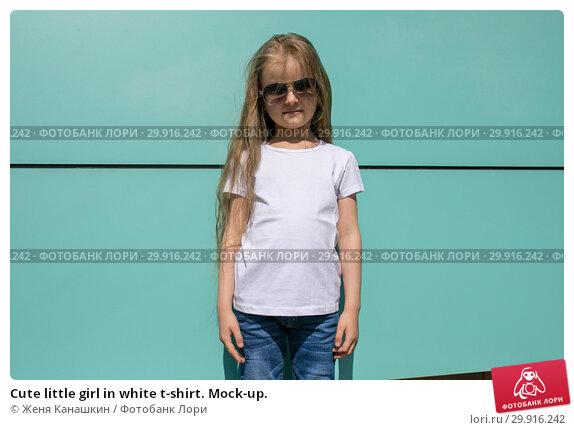 Купить «Cute little girl in white t-shirt. Mock-up.», фото № 29916242, снято 15 мая 2018 г. (c) Женя Канашкин / Фотобанк Лори