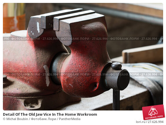 Купить «Detail Of The Old Jaw Vice In The Home Workroom», фото № 27626994, снято 23 июля 2019 г. (c) PantherMedia / Фотобанк Лори