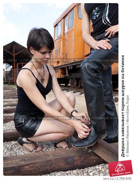 Сосала на коленях жена