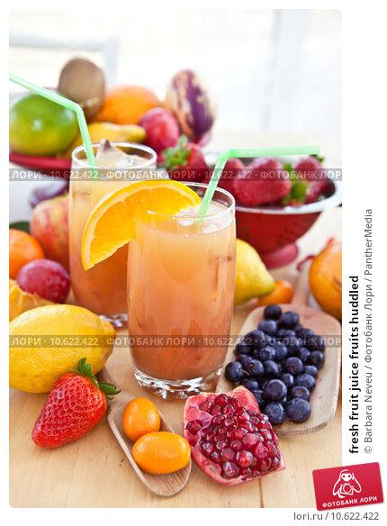 fresh fruit juice fruits huddled. Стоковое фото, фотограф Barbara Neveu / PantherMedia / Фотобанк Лори