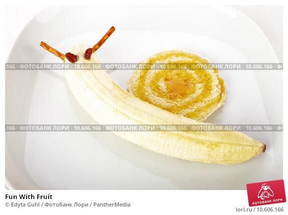 Fun With Fruit. Стоковое фото, фотограф Edyta Guhl / PantherMedia / Фотобанк Лори