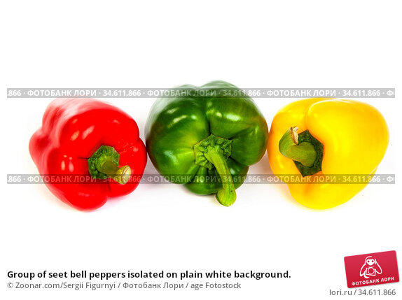 Group of seet bell peppers isolated on plain white background. Стоковое фото, фотограф Zoonar.com/Sergii Figurnyi / age Fotostock / Фотобанк Лори