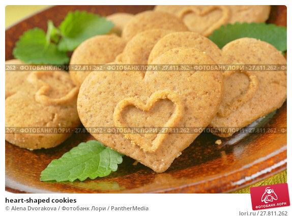 Купить «heart-shaped cookies», фото № 27811262, снято 19 февраля 2018 г. (c) PantherMedia / Фотобанк Лори