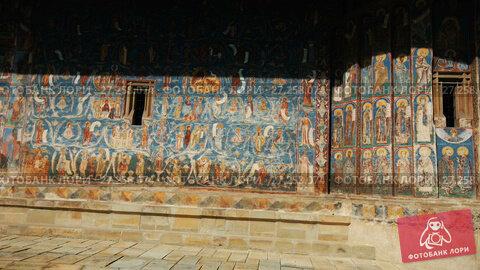 Купить «Illustrations of frescoes on outer walls of church of Sucevita Monastery in Romania.», видеоролик № 27258074, снято 7 октября 2017 г. (c) Яков Филимонов / Фотобанк Лори