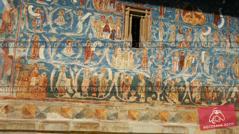Купить «Image of frescoes of church in Sucevita Monastery on Bucovina in Romania.», видеоролик № 27930374, снято 7 октября 2017 г. (c) Яков Филимонов / Фотобанк Лори