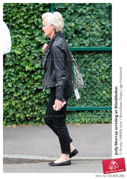 Judy Murray arriving at Wimbledon (2017 год). Редакционное фото, фотограф Rocky / WENN.com / age Fotostock / Фотобанк Лори