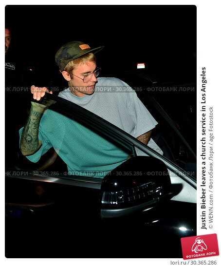 Купить «Justin Bieber leaves a church service in Los Angeles Featuring: Justin Bieber Where: Beverly Hills, California, United States When: 23 Aug 2017 Credit: WENN.com», фото № 30365286, снято 23 августа 2017 г. (c) age Fotostock / Фотобанк Лори