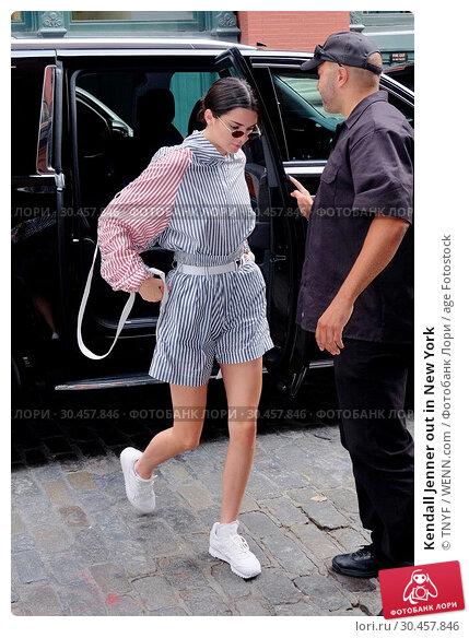 Kendall Jenner out in New York (2017 год). Редакционное фото, фотограф TNYF / WENN.com / age Fotostock / Фотобанк Лори