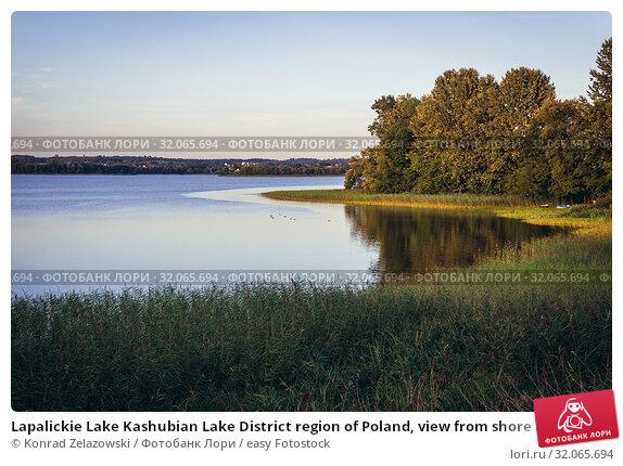 Lapalickie Lake Kashubian Lake District region of Poland, view from shore in Garcz village. Стоковое фото, фотограф Konrad Zelazowski / easy Fotostock / Фотобанк Лори