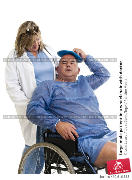 Large male patient in a wheelchair with doctor. Стоковое фото, фотограф Luis Louro / PantherMedia / Фотобанк Лори