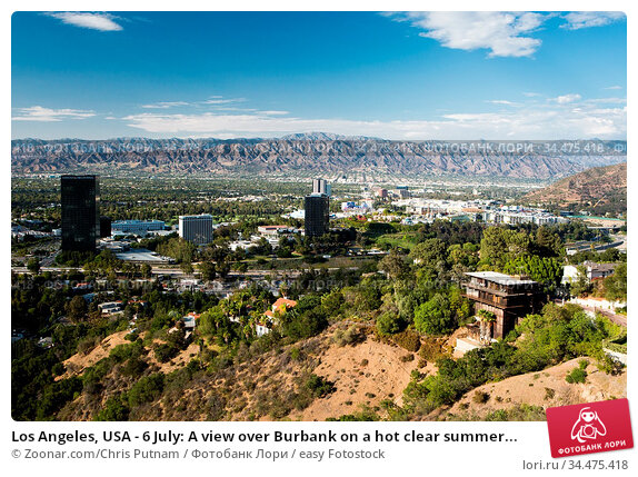 Los Angeles, USA - 6 July: A view over Burbank on a hot clear summer... Стоковое фото, фотограф Zoonar.com/Chris Putnam / easy Fotostock / Фотобанк Лори