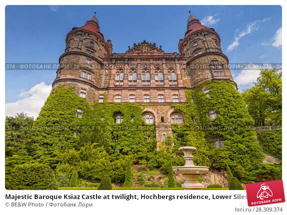 Купить «Majestic Baroque Ksiaz Castle at twilight, Hochbergs residence, Lower Silesia, Poland, Europe», фото № 28309374, снято 24 апреля 2018 г. (c) BE&W Photo / Фотобанк Лори