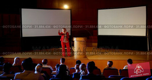 Купить «Mature Caucasian hijab businesswoman speaking in business seminar at auditorium 4k», видеоролик № 31884434, снято 15 ноября 2018 г. (c) Wavebreak Media / Фотобанк Лори