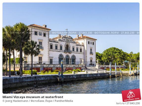 Купить «Miami Vizcaya museum at waterfront», фото № 27843230, снято 22 февраля 2018 г. (c) PantherMedia / Фотобанк Лори