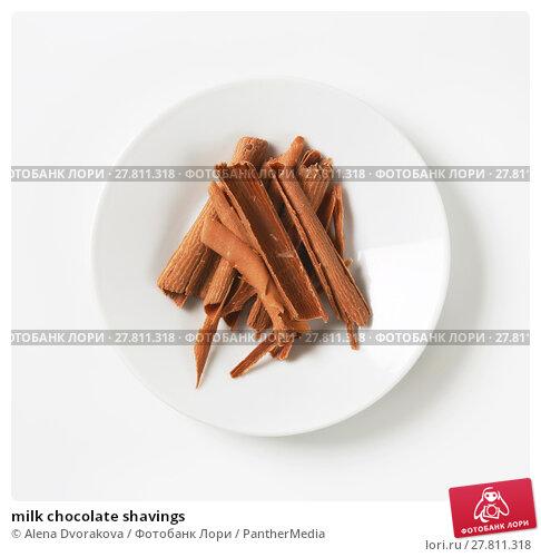 Купить «milk chocolate shavings», фото № 27811318, снято 24 октября 2018 г. (c) PantherMedia / Фотобанк Лори