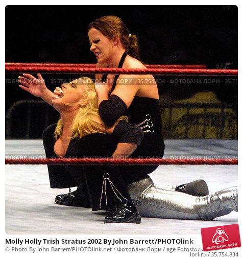 Molly Holly Trish Stratus 2002 By John Barrett/PHOTOlink. Редакционное фото, фотограф Photo By John Barrett/PHOTOlink.net / age Fotostock / Фотобанк Лори