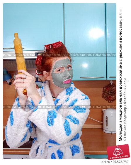 Рыжая домохозяйка с рабочим фото 303-79
