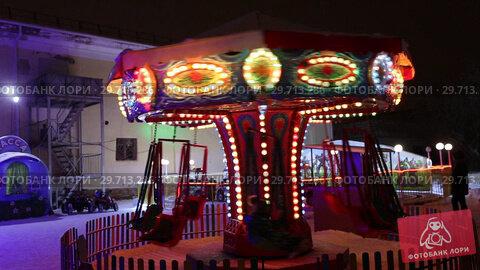 Купить «Новогодняя карусель», видеоролик № 29713286, снято 23 января 2019 г. (c) Евгений Ткачёв / Фотобанк Лори