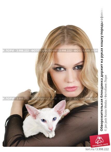 Обворожительная блондинка видео фото 487-838