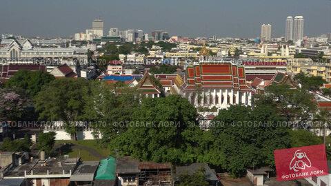Купить «Панорама Бангкока солнечным днем. Таиланд», видеоролик № 30204170, снято 31 декабря 2018 г. (c) Виктор Карасев / Фотобанк Лори