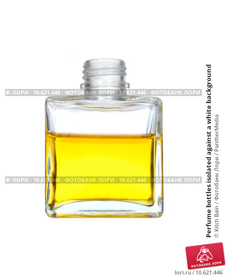 Perfume bottles isolated against a white background. Стоковое фото, фотограф Kitch Bain / PantherMedia / Фотобанк Лори