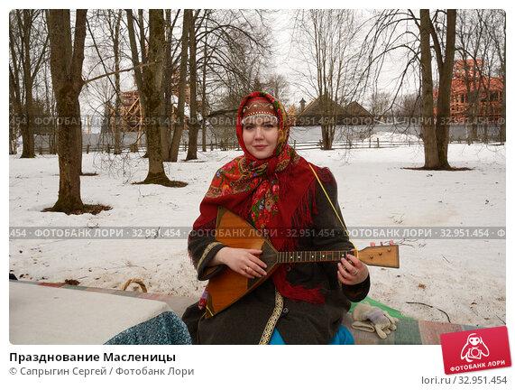 Празднование Масленицы (2019 год). Редакционное фото, фотограф Сапрыгин Сергей / Фотобанк Лори