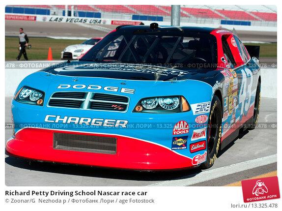 richard petty driving school nascar race car 13325478 age fotostock. Black Bedroom Furniture Sets. Home Design Ideas