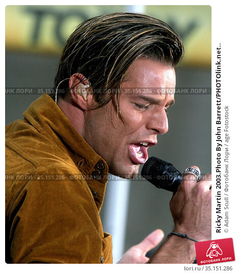 Ricky Martin 2003.Photo By John Barrett/PHOTOlink.net.. Редакционное фото, фотограф Adam Scull / age Fotostock / Фотобанк Лори