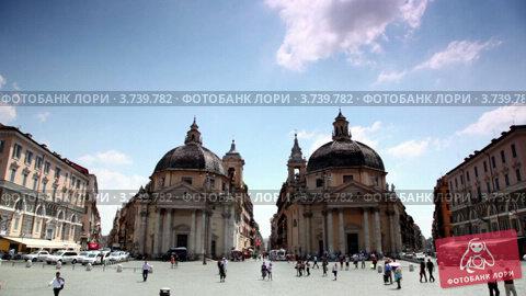 Симметрично расположенные здания Санта-Мария в Монтезанто на площади Пьяцца дель Пополо, видеоролик № 3739782, снято 9 июля 2011 г. (c) Losevsky Pavel / Фотобанк Лори