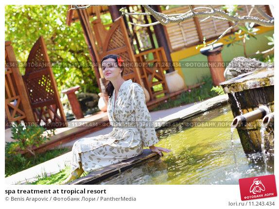 Купить «spa treatment at tropical resort», фото № 11243434, снято 19 июля 2019 г. (c) PantherMedia / Фотобанк Лори