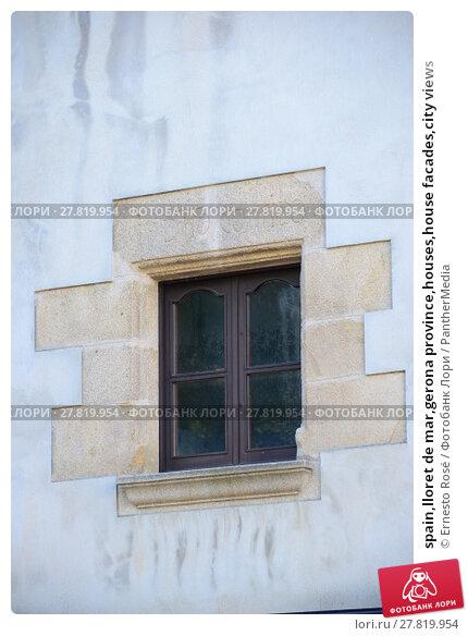 Купить «spain,lloret de mar,gerona province,houses,house facades,city views», фото № 27819954, снято 18 октября 2018 г. (c) PantherMedia / Фотобанк Лори