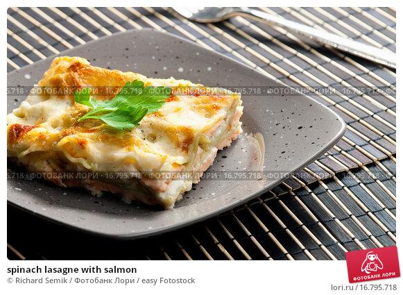 Купить «spinach lasagne with salmon», фото № 16795718, снято 25 января 2020 г. (c) easy Fotostock / Фотобанк Лори