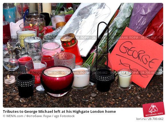 Купить «Tributes to George Michael left at his Highgate London home Featuring: Atmosphere, George Michael Where: London, United Kingdom When: 27 Dec 2016 Credit: WENN.com», фото № 28700662, снято 27 декабря 2016 г. (c) age Fotostock / Фотобанк Лори