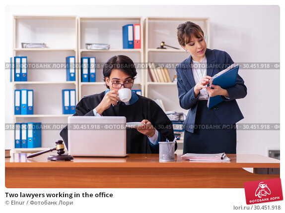 Two lawyers working in the office. Стоковое фото, фотограф Elnur / Фотобанк Лори