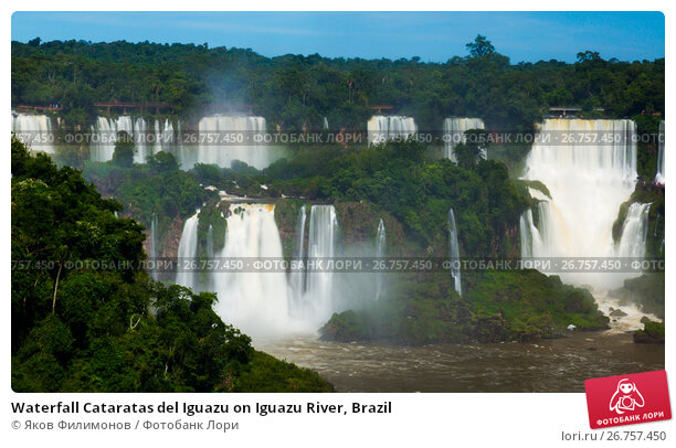 Купить «Waterfall Cataratas del Iguazu on Iguazu River, Brazil», фото № 26757450, снято 17 февраля 2017 г. (c) Яков Филимонов / Фотобанк Лори