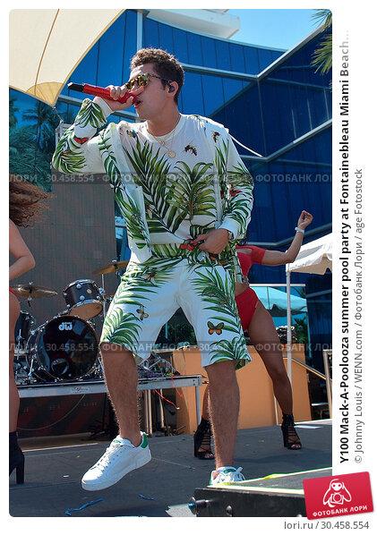 Y100 Mack-A-Poolooza summer pool party at Fontainebleau Miami Beach... (2017 год). Редакционное фото, фотограф Johnny Louis / WENN.com / age Fotostock / Фотобанк Лори