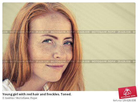 Купить «Young girl with red hair and freckles. Toned.», фото № 29626038, снято 23 июня 2016 г. (c) bashta / Фотобанк Лори